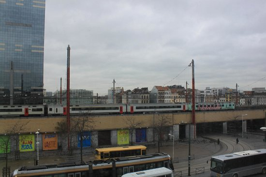 Novotel Brussels Midi Station : My view