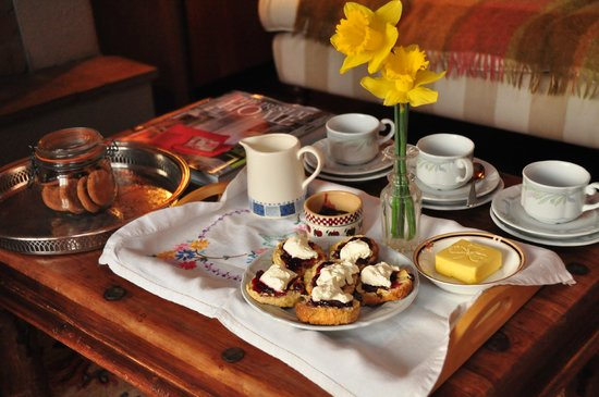 Adare Irish Cottages: Welcome homemade sconces and raspberry jam by Joan