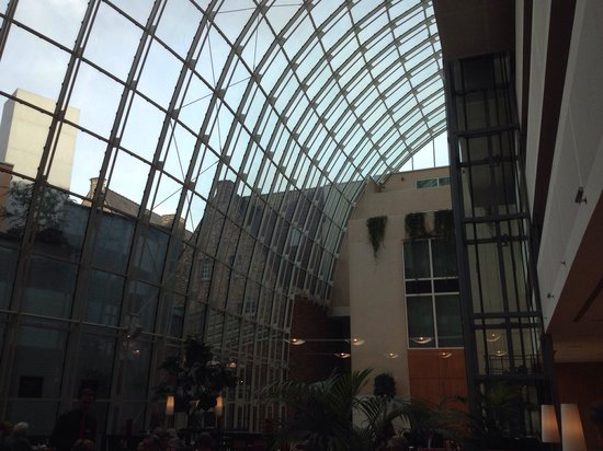 Ghent Marriott Hotel: Wonderful hall