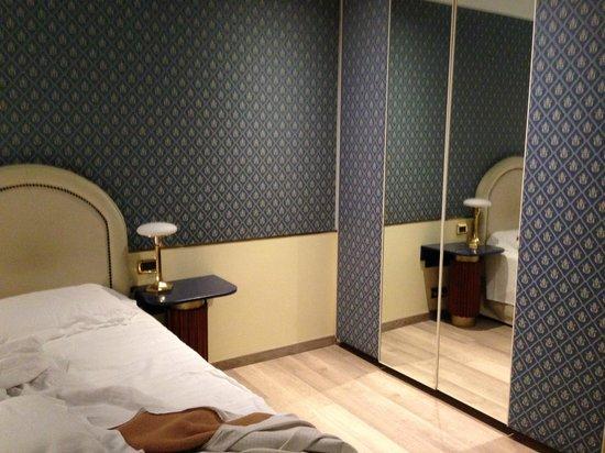Hotel Monaco & Grand Canal: camera