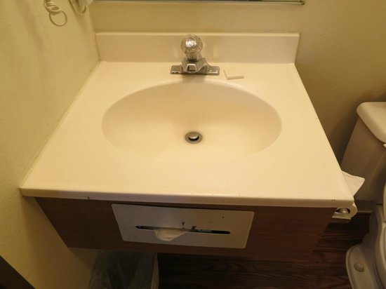 Super 8 Carson City: Sink small but clean, undersink needs some care
