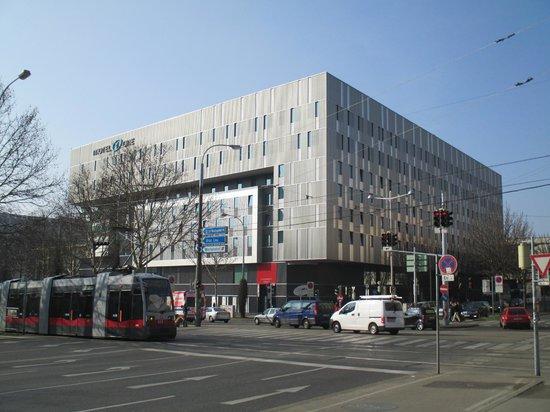 Motel One Wien Westbahnhof: hotel