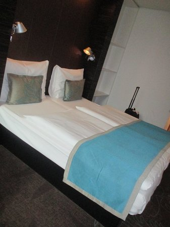 Motel One Wien Westbahnhof: room