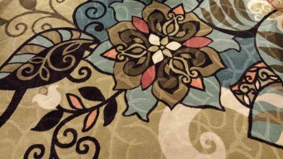 Prairie Meadows Hotel: Lobby Decorative Carpet
