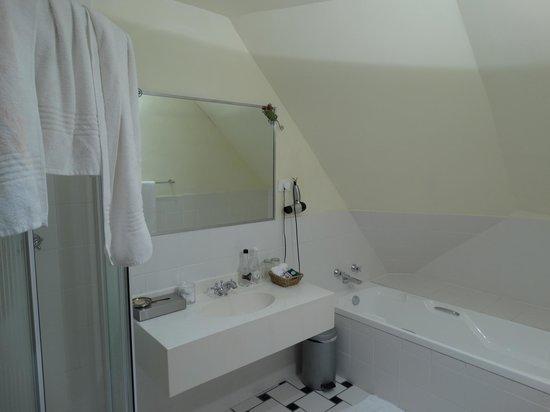 Klein Paradijs: Das große Badezimmer