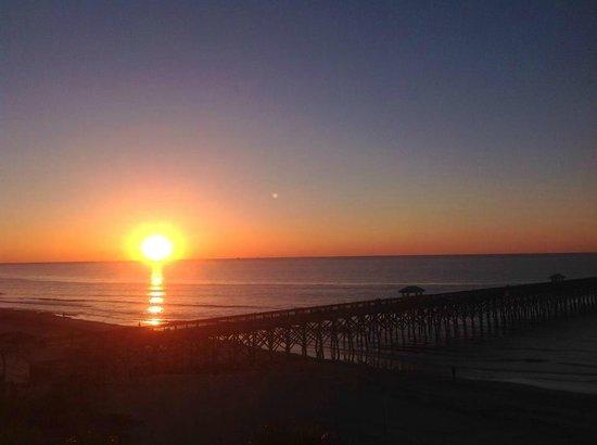 Tides Folly Beach: Amazing Sunrise