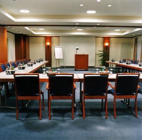 Hotel Rheinischer Hof: Tagungsraum / Conference Room