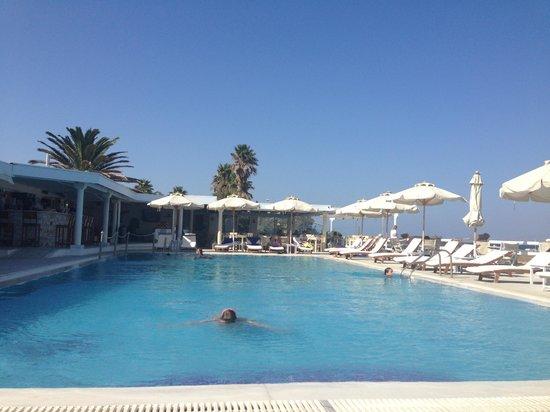 Saint George Hotel : meravigliosa piscina dell'albergo