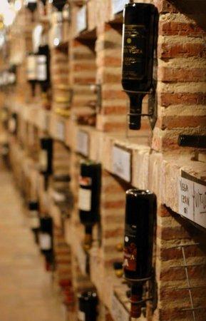 El Lagar De Isilla: Venta de Vinos Ribera de Duero