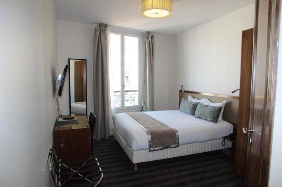 art hotel eiffel paris france hotel reviews tripadvisor. Black Bedroom Furniture Sets. Home Design Ideas