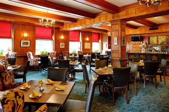 Hawthorne Hotel: The Tavern is the only place for pub-style food