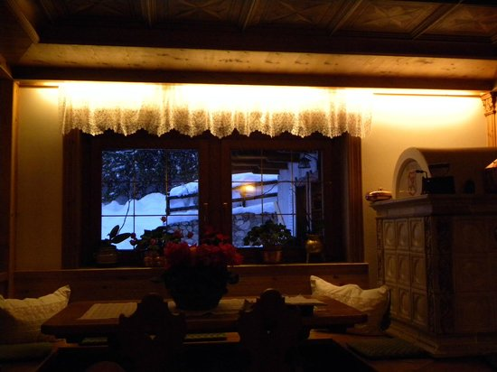 Baita Fraina: A cozy wine nook