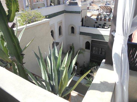 Riad Kheirredine: vista interna dell'hotel  ...spettacolo!