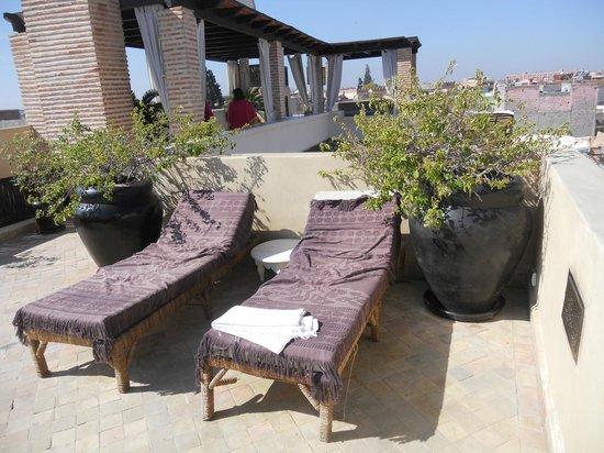 Riad Kheirredine : ...rilassarsi al sole!
