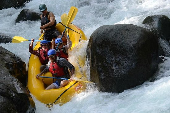 Pro Rafting Costa Rica : Thanks for the awesome photos Phillipe!