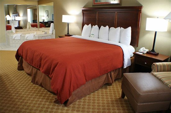 Country Inn & Suites By Carlson, Knoxville West: King Spa Suite