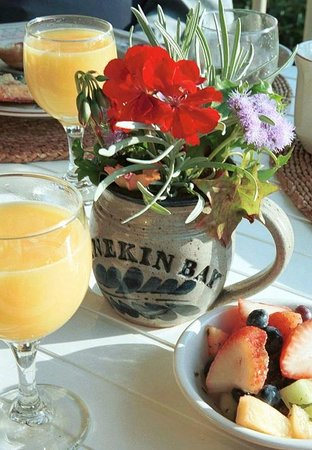 Five Gables Inn : The right way to start a day