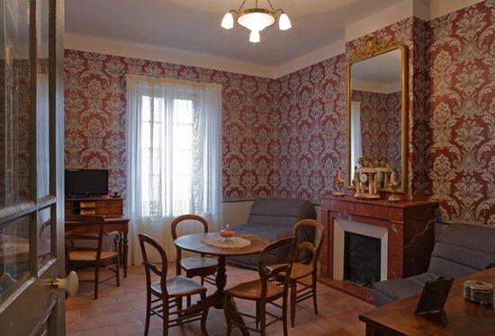 Hotel La Marbrerie: Séjour Suite Griotte