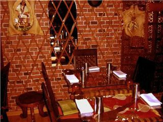 Ristorante Warsa : tavoli