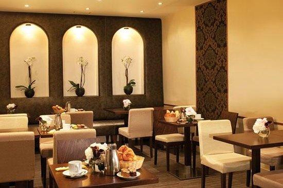 Hôtel d'Angleterre Champs Elysées : petit déjeuner