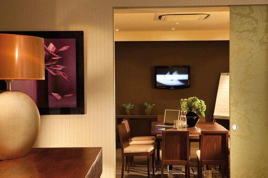 Hotel d'Angleterre Champs Elysees: salle de réunion