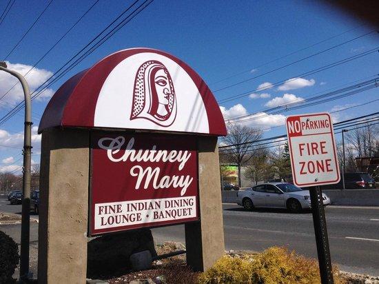 Chutney Manor: On Route 1
