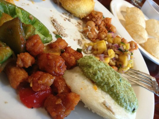 Chutney Manor: chili baby corn, AMAZING... mango & onion salsa FAB