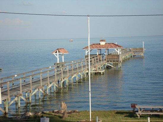 Pelican Bay Resort: Waterfront on Aransas Bay