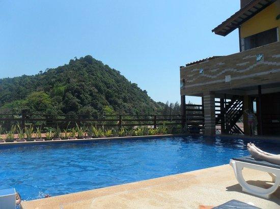 Lanta Residence & Spa: Pool