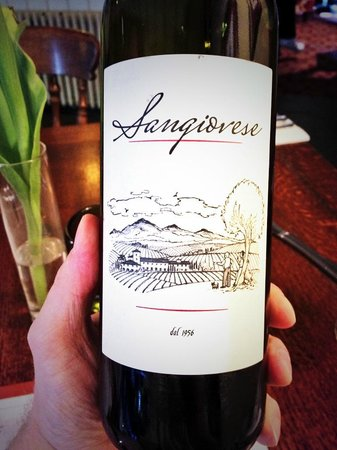 Castle Hotel: I'd recommend this wine that my friend selected!!