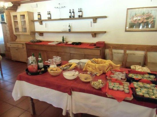 Hotel Vezzena: Sala colazioni
