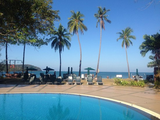 The Frangipani Langkawi Resort & Spa: Sea view from Frangipani Resort pool area