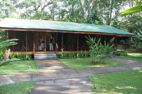 Laguna Lodge Tortuguero : une partie des lodges