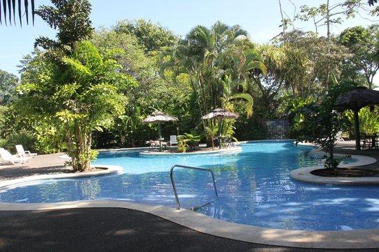 Laguna Lodge Tortuguero : une des 2 piscines