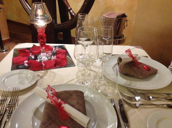 Ristorante Eurovil Il Timone: questa è il tavolo che mi sono trovato!