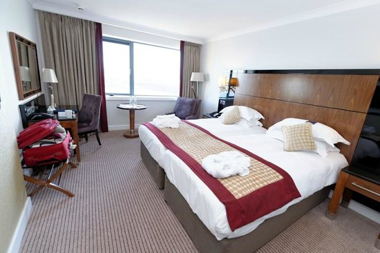 Radisson Blu Hotel & Spa, Galway: Business Class room