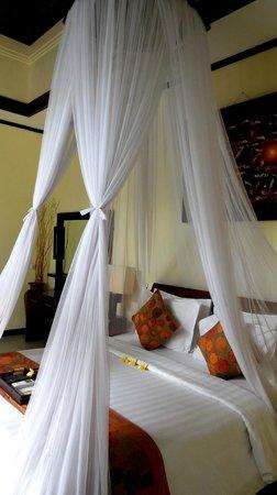 The Bali Dream Villa Seminyak : Bed