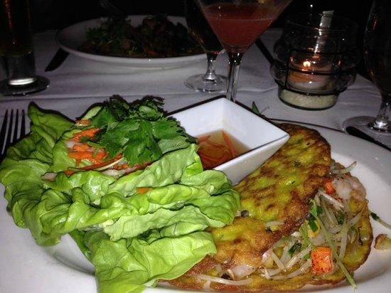 Le Colonial: Seafood lettuce wraps