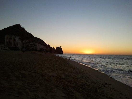 Playa Grande Resort: Sunrise on beach right in front of Playa