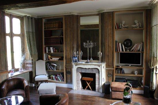 Hotel Chateau le Sallay : fumoir