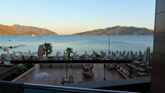 Mehtap Beach Hotel : Вид с балкона