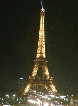 Hôtel Garden Elysée : Torre Eiffel