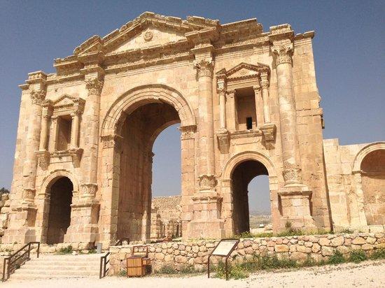 Ruinen von Gerasa: Hadrian's Gate, Jerash