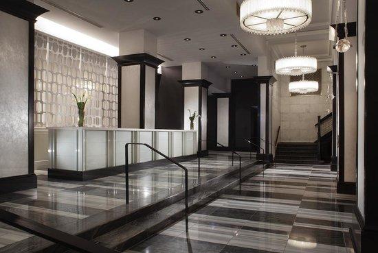 เดอะซิลเวอร์สมิธ โฮเต็ล & สวืทส์: Silversmith Hotel Lobby