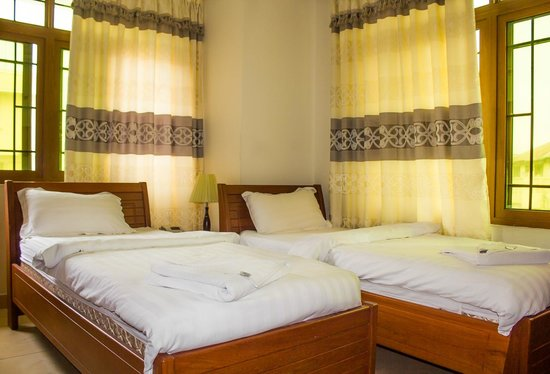 ABC Travellers Hotel: Twin Room