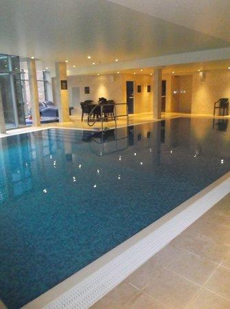 Raithwaite Estate: nice clean swimming ppool