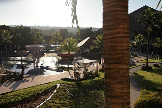 Recanto Cataratas Thermas Resort & Convention : Early morning view (room 2110)
