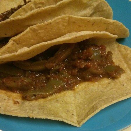 Taqueria Mi Ciudad: Taco de nopales en chiplote