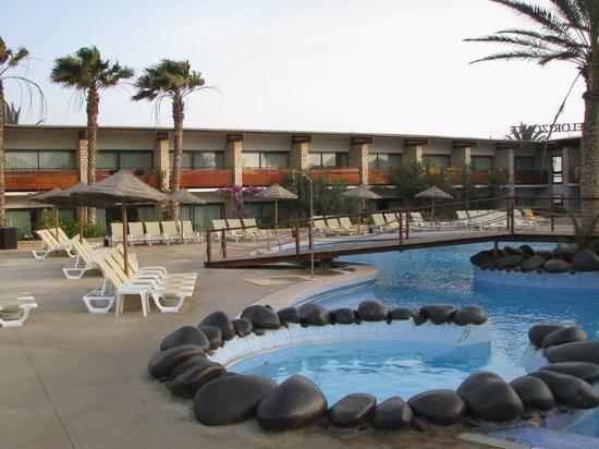 Hotel Oasis Belorizonte : la piscine
