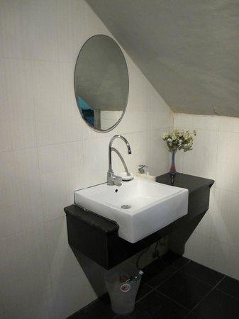 Villareal Heights : Ванная комната